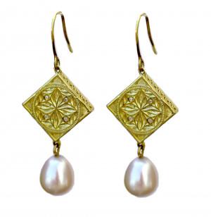 14kt Salon Pearl Drop Earrings with Shepard Hook
