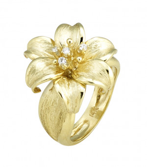 Smaller Florentine Textured Lily Ring with .08pts Diamonds