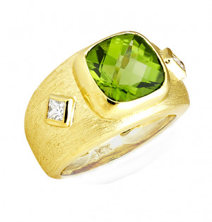 Florentine Textured Peridot Ring with .30pts Diamonds
