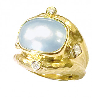 Hammered Mabe Pearl Ring with .40pts Diamonds